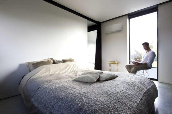 Daikin-Emura-varmepumpe-værelse-e1568184231292.jpg